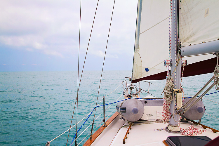 Sailing-Blog-Cruising-Bahamas-Caribbean-Naples-to-Marathon-Boot-Key-Harbor-Mooring-eIMG_0547