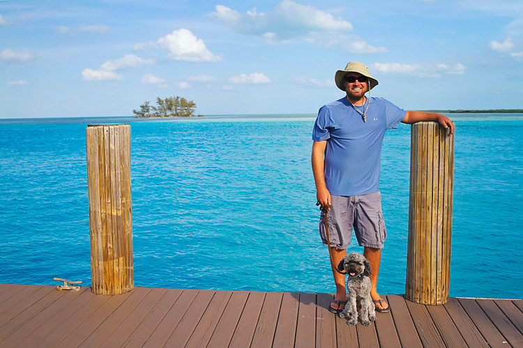 Sailing-Blog-Cruising-Bahamas-Caribbean-Bimini-LAHOWIND-Young-Couple-Dog-eIMG_1617