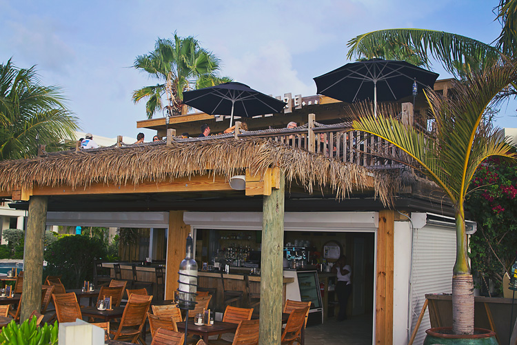 Sailing-Blog-Cruising-Turks-Caicos-Providenciales-Grace-Bay-LAHOWIND-eIMG_7296