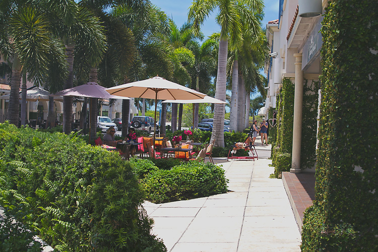 Sailing-Blog-Cruising-Turks-Caicos-Providenciales-Grace-Bay-LAHOWIND-eIMG_7367