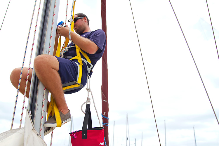 Sailing-Blog-Cruising-Caribbean-Bahamas-Boat-Projects-Maintenance-Climbing-the-Mast-Top-Climber-Wind-Instrument-Fix-LAHOWIND-eIMG_0381