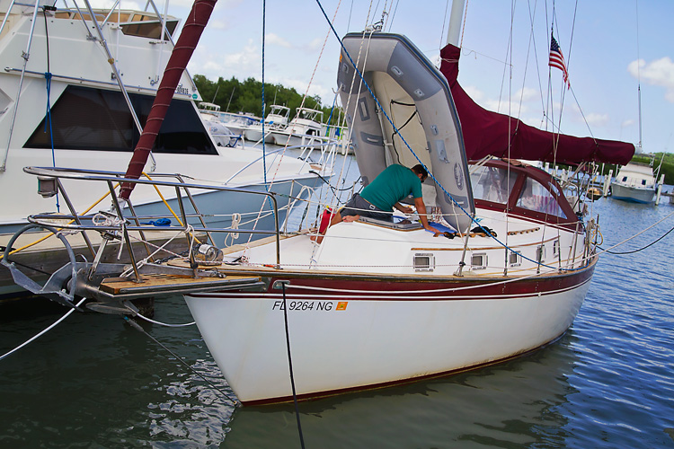 Sailing-Blog-Cruising-Caribbean-LAHOWIND-Boat-Projects-Repainting-Dinghy-Transom-Wood-Back-Sailboat-eIMG_9891