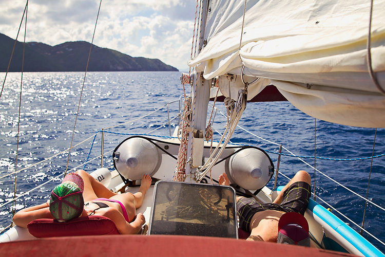 Sailing-Blog-Cruising-Caribbean-BVI-British-Virgin-Islands-Cane-Garden-Bay-LAHOWIND-Sailiboat-2015-eIMG_0836
