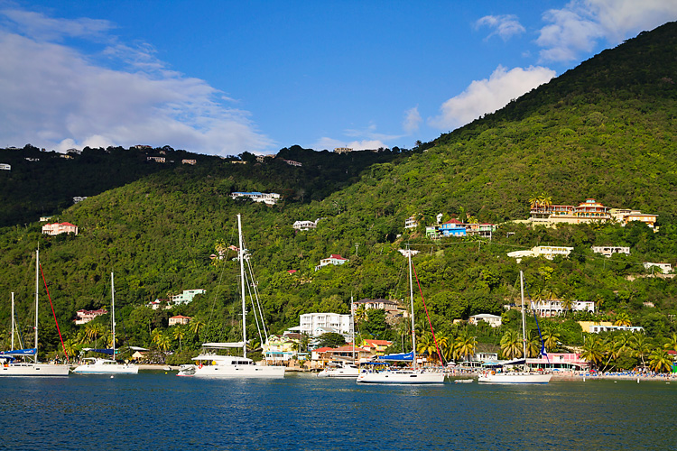 Sailing-Blog-Cruising-Caribbean-BVI-British-Virgin-Islands-Cane-Garden-Bay-LAHOWIND-Sailiboat-2015-eIMG_0846