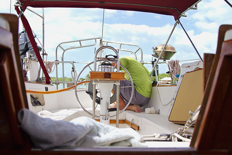 Sailing-Blog-Cruising-Caribbean-Puerto-Rico-Puerto-Real-Marina-Pescaderia-Diesel-Fuel-Tank-Leak-Fix-Boat-Projects-LAHOWIND-Sailboat-Endeavour-37-eIMG_3526